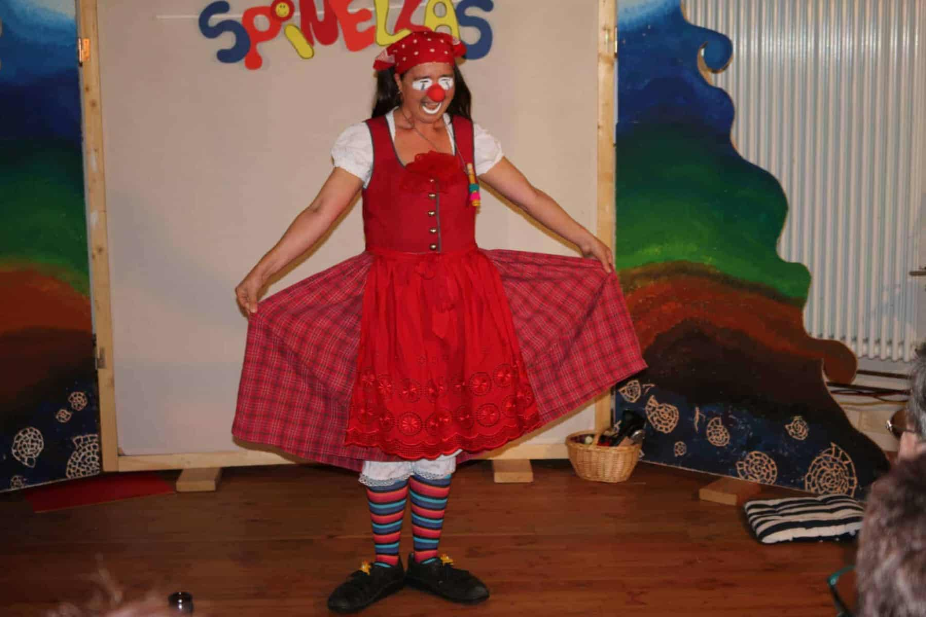 Clown-Gallery-Resi-IMG_6513