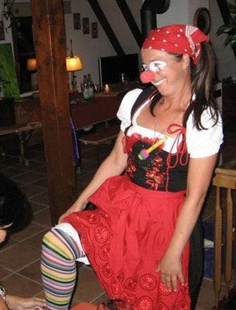 Clown-Gallery-Resi-IMG_9163_